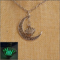 Green Shell & Moon Glow Necklace
