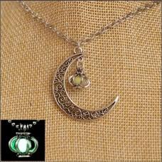 Green Lantern & Moon Glow Necklace